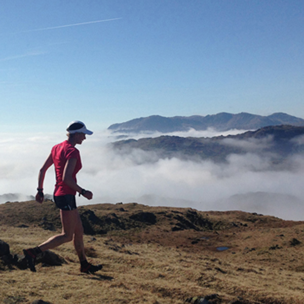 Nicky Spinks sets new women's record