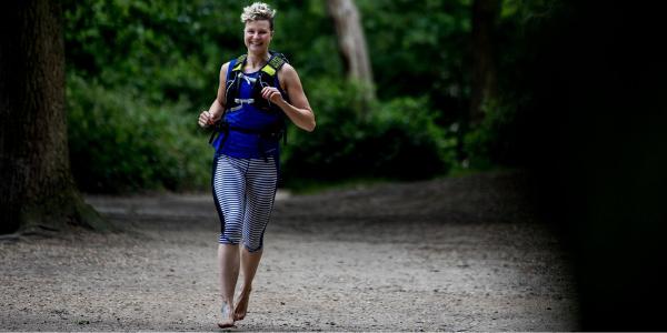 anna-mcnuff-barefoot-running